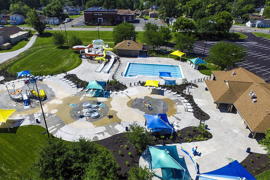 Clarksville Cove Family Aquatic Center